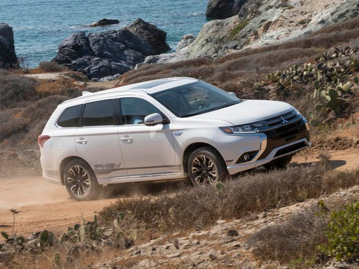 Mitsubishi Outlander PHEV is plug-in, off-road ready