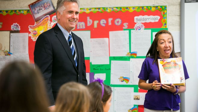 Arizona Superintendent of Public Instruction John Huppenthal on Tuesday revealed that he has been anonymously commenting his views on state blogs since at least 2011.
