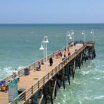 Best beaches in the great lakes for Daytona beach fishing pier
