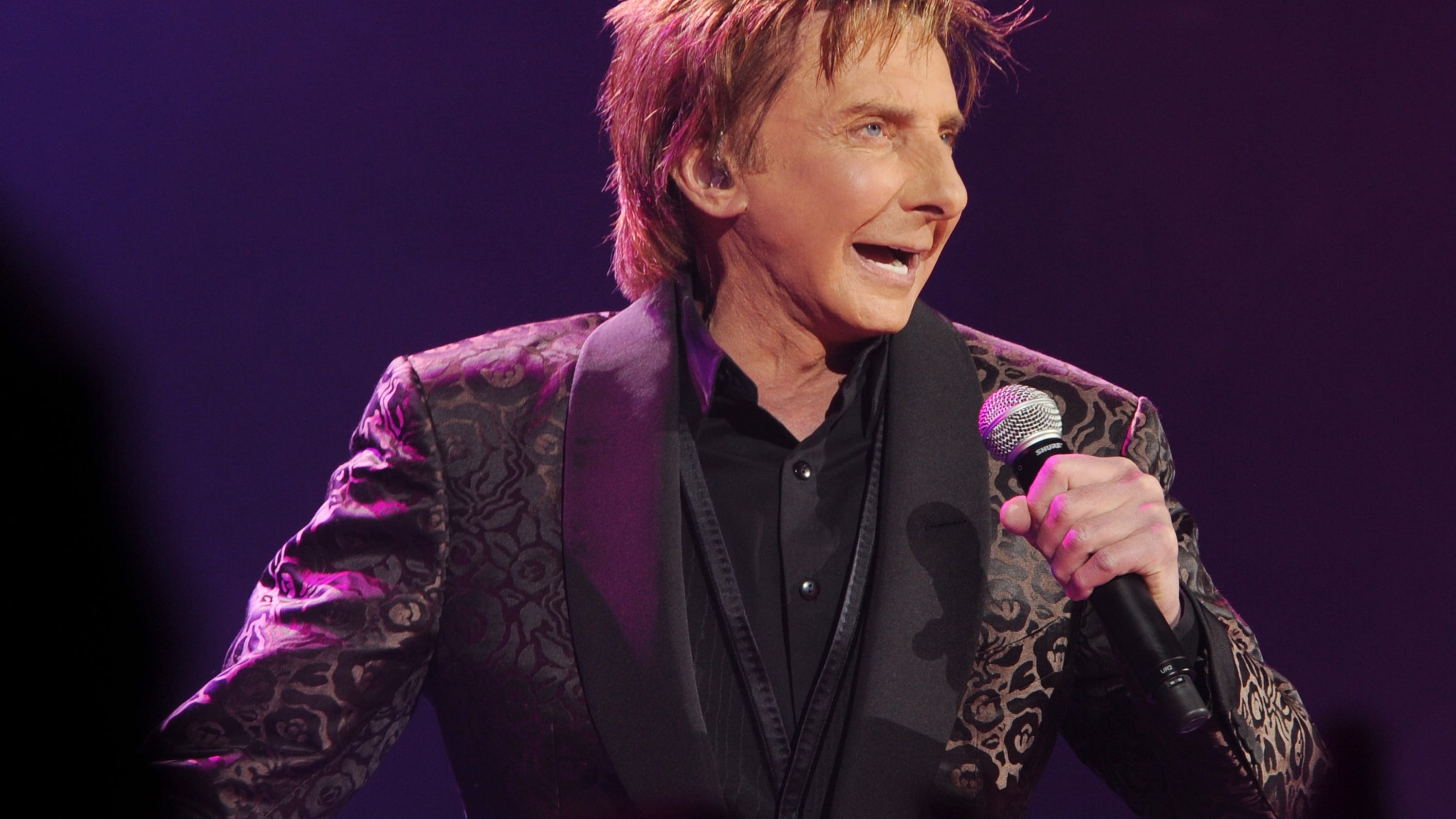 Barry manilow album could be a sleeper hit bookmarktalkfo Image collections
