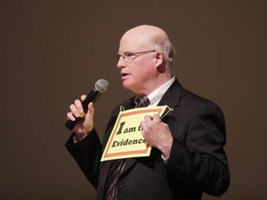 Robert Rand of Rand Acoustics LLC speaks at a Brown County meeting regarding health effects of wind turbines at the Bay Port High School Performing Arts Center on Tuesday, September 12, 2017 in Suamico, Wis.