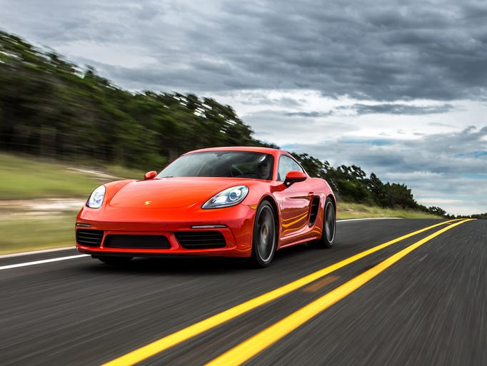 Detroit News auto critic Henry Payne put the 2017 Porsche