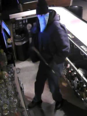 Suspect in burglary and vandalism at Big Apple Pub and Grill in Rockwood.