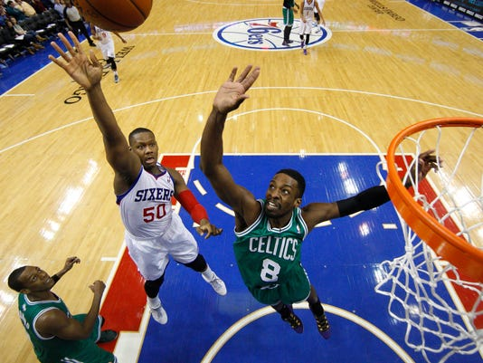 Celtics 76ers Basketb_Levi