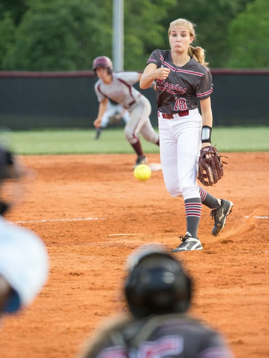 Niceville vs Tate softball
