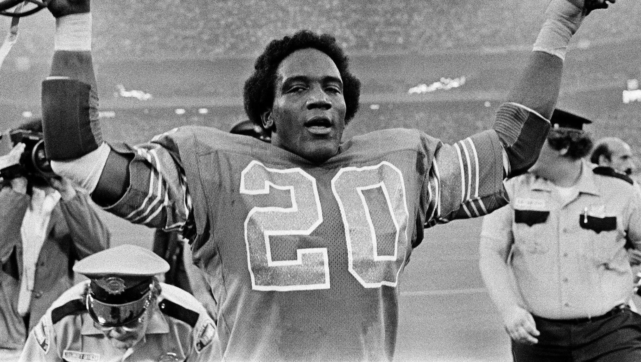 A look back: The knee injury that ended ex Lions RB Billy Sims' career