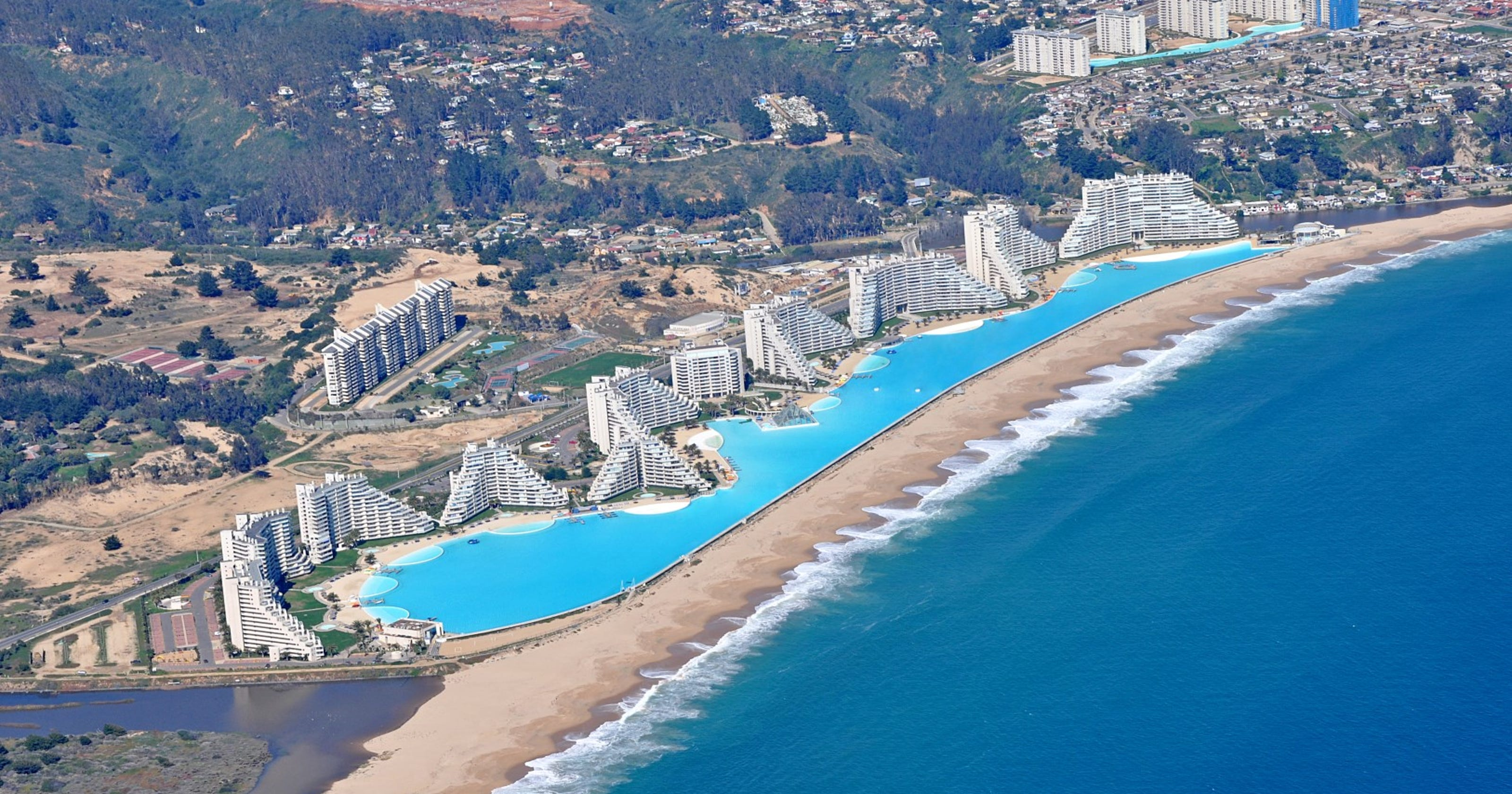 Check Out The World S Largest Swimming Pool