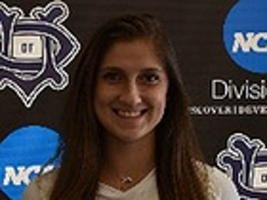 University of Dallas sophomore setter Stephanie Janysek
