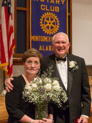 2016 Commitment to Service Award recipient Russell Dunman, right, and his wife, Janice. (Courtesy of Carter Photography and Design)