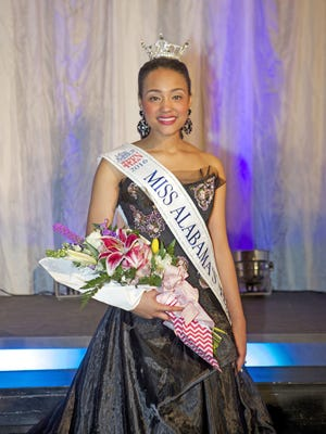 Tiara Pennington, a 17-year-old junior at Helena High School, was crowned Miss Alabama's Outstanding Teen 2016. (Contributed)