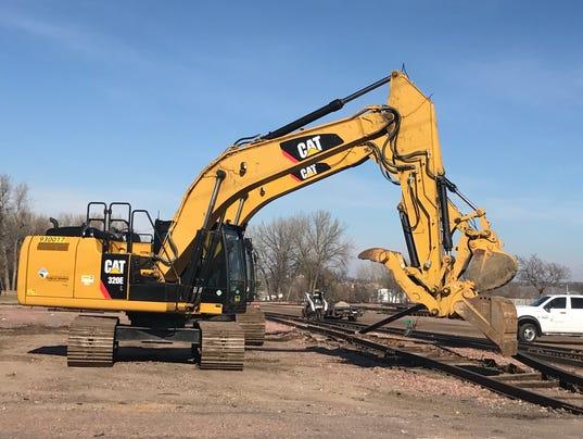 636457543402945650-Rail-yard-track-removal.jpg