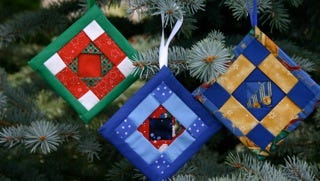 "Willamette Valley Hospice is looking for volunteer crafters to make quilted ornaments, like those pictured, for its ""Light Up a LIfe"" project."