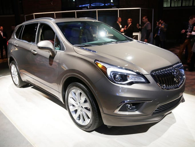 chinese made buick envision makes detroit debut. Black Bedroom Furniture Sets. Home Design Ideas