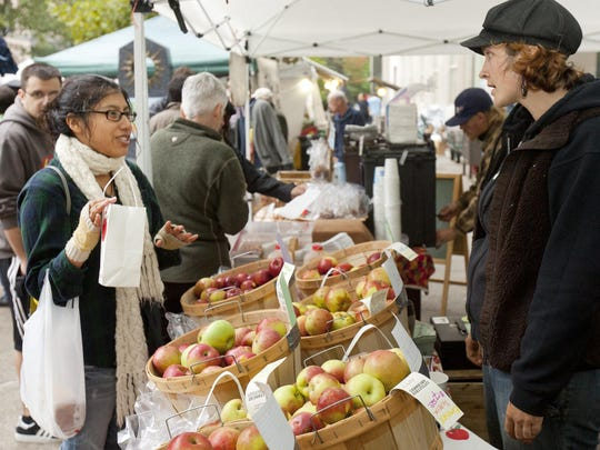 The Ithaca Apple Harvest Festival returns to the Commons this weekend, with a variety of vendors and other activities.