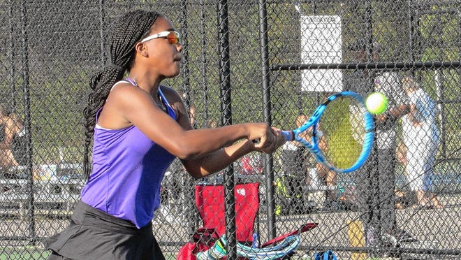 Sophomore Olivia Cox is the top returnee for the Reynoldsburg girls tennis team and 17th-year coach Les Somogyi. The Raiders will open league action Sept. 1 at Lancaster.