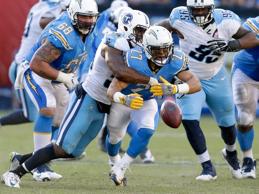 San Diego Chargers running back Kenneth Farrow (27)
