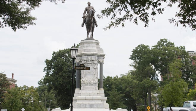 A General Robert E. Lee monument in Richmond, Va.