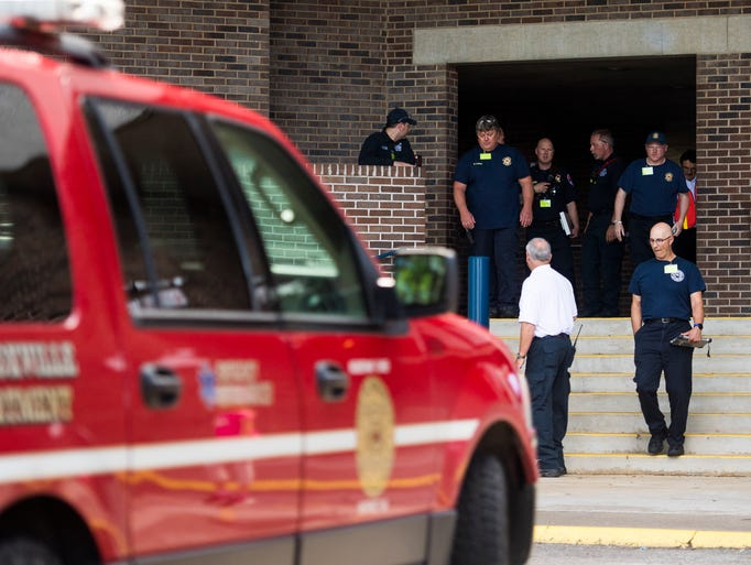 Knoxville authorities participate in an active shooter