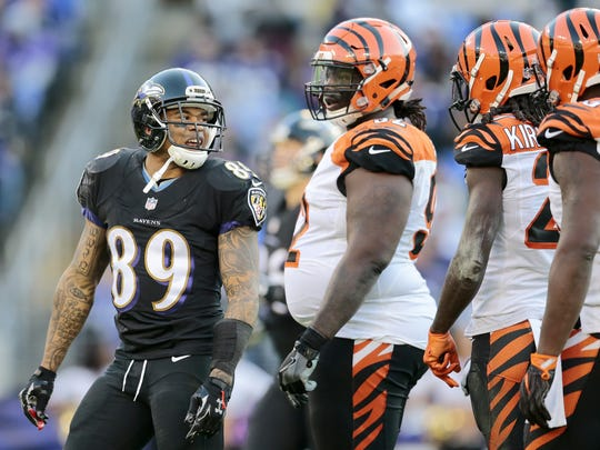 Baltimore Ravens wide receiver Steve Smith (89) exchanges words with Cincinnati Bengals cornerback Dre Kirkpatrick (27) after a play in the fourth quarter of the NFL Week 12 game between the Baltimore Ravens and the Cincinnati Bengals at M&T Bank Stadium in Baltimore on Sunday, Nov. 27, 2016. The Bengals lost to the Ravens 19-14, falling to 3-7-1 on the season.