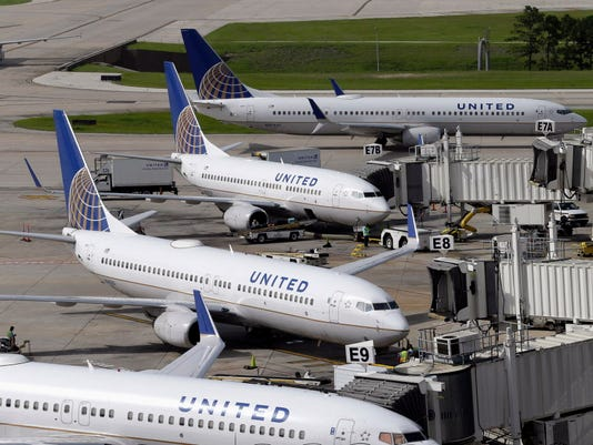 AP UNITED PASSENGER REMOVED F FILE A USA TX
