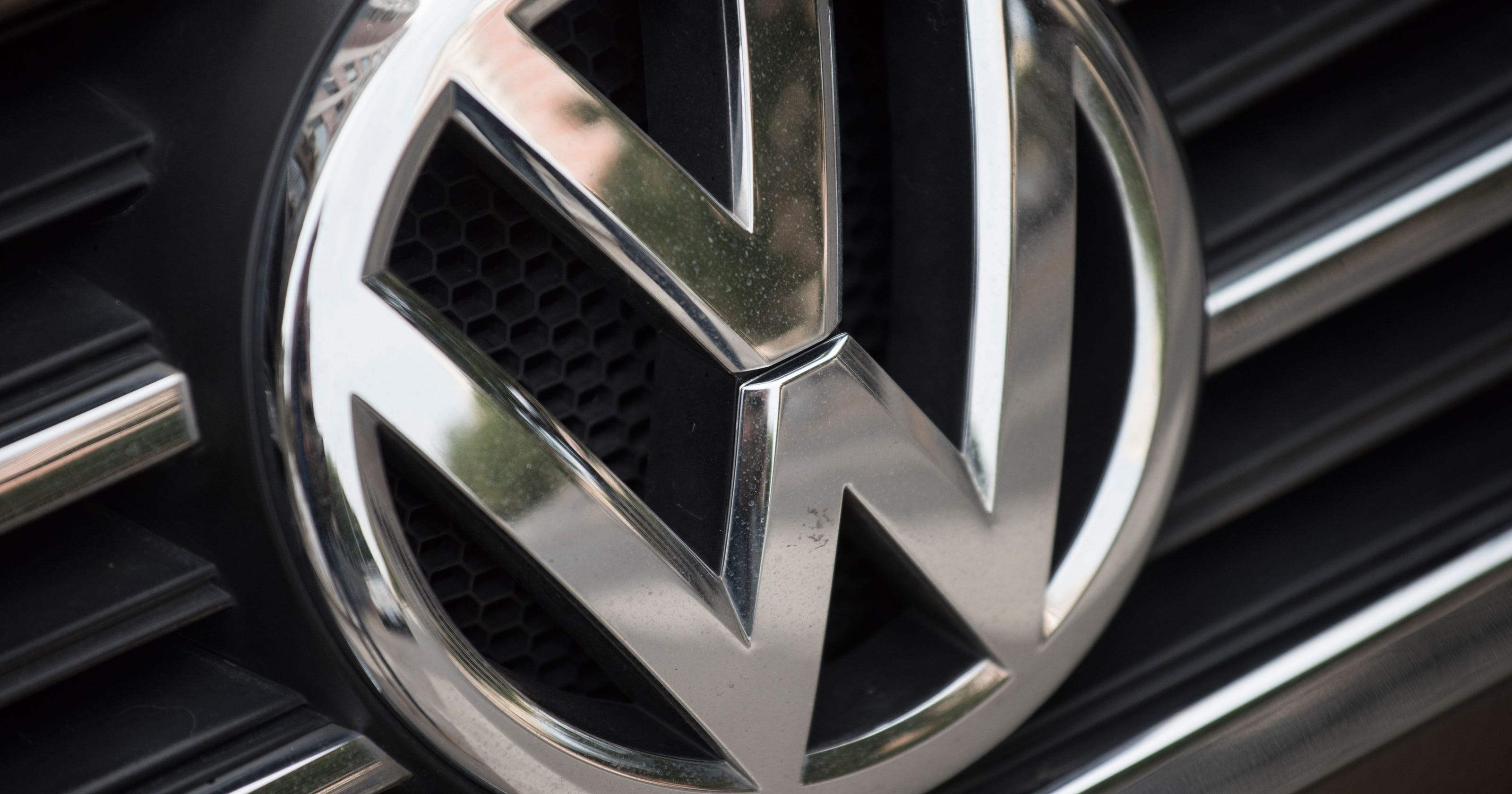 Vw Drivers Could Soon Get A 1 000 Check From Recall Settlement