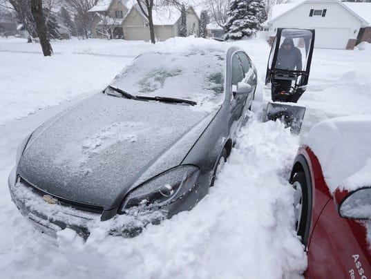 636594637948165354-APC-Snowstorm-041618A.jpg