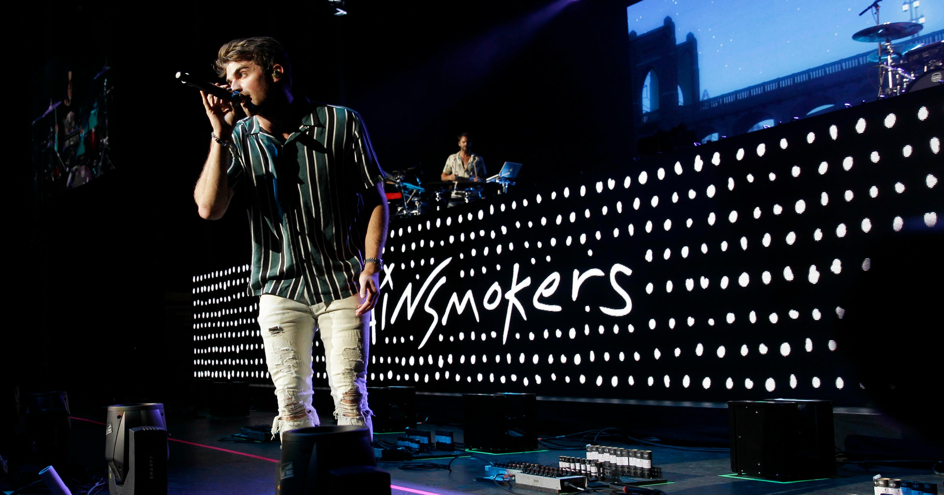 The Chainsmokers, Five Seconds of Summer playing Milwaukee's