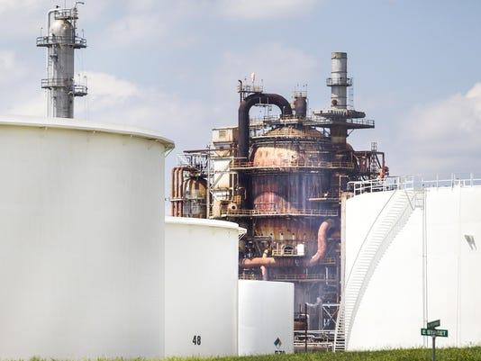 082115_Refinery_KRG0067