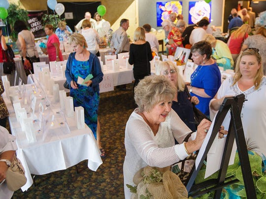 Hundreds of people attended the Organ Transplant Recipients