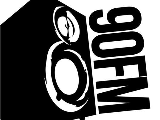 90FM logo