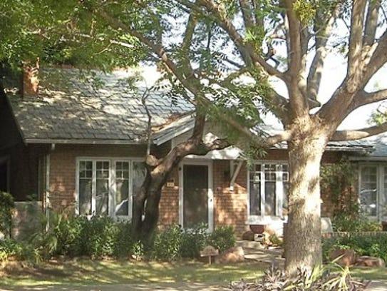 Lucier/O'Neill Residence House