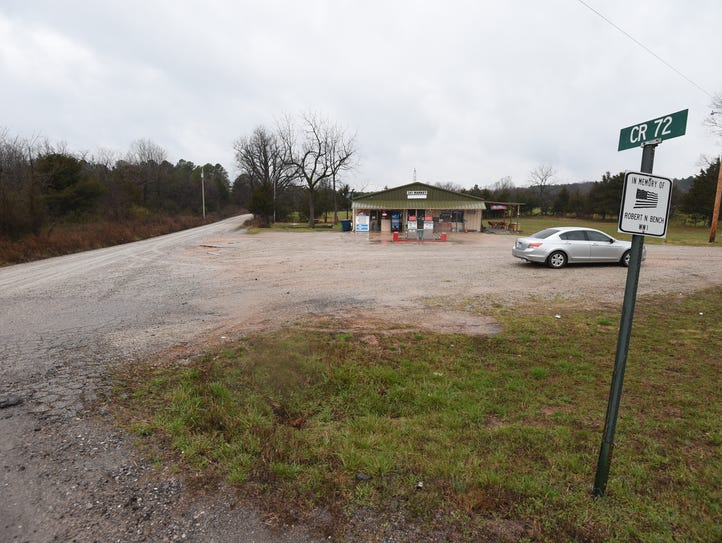 A Baxter County deputy was at this Lone Rock convenience