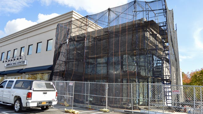 Eastchester's Barnes & Noble Kitchen is now set to open next week.