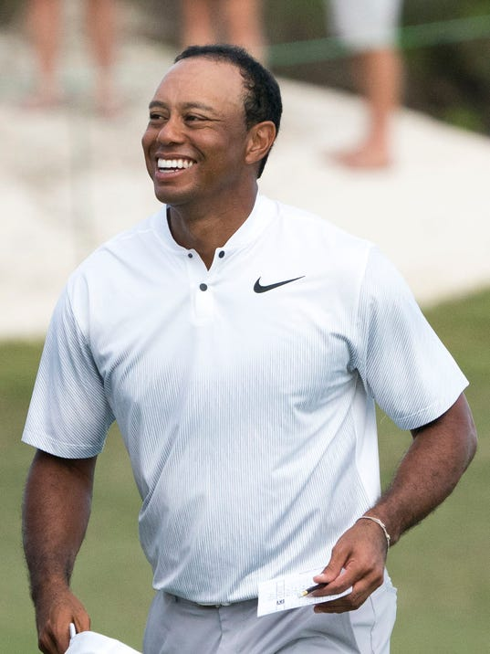 2017-12-01-tiger-woods-hero-second
