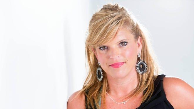 Sports reporter Dana Benbow.