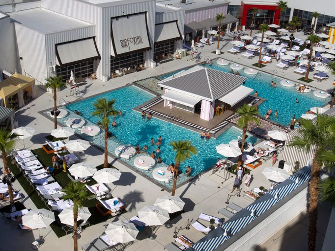 Las vegas 39 plush pools where to sun and splash this summer for Caesars swimming pool