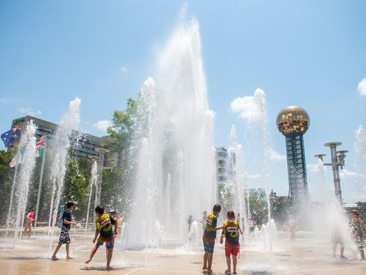KNS-WorldsFairFountain BP2.JPG