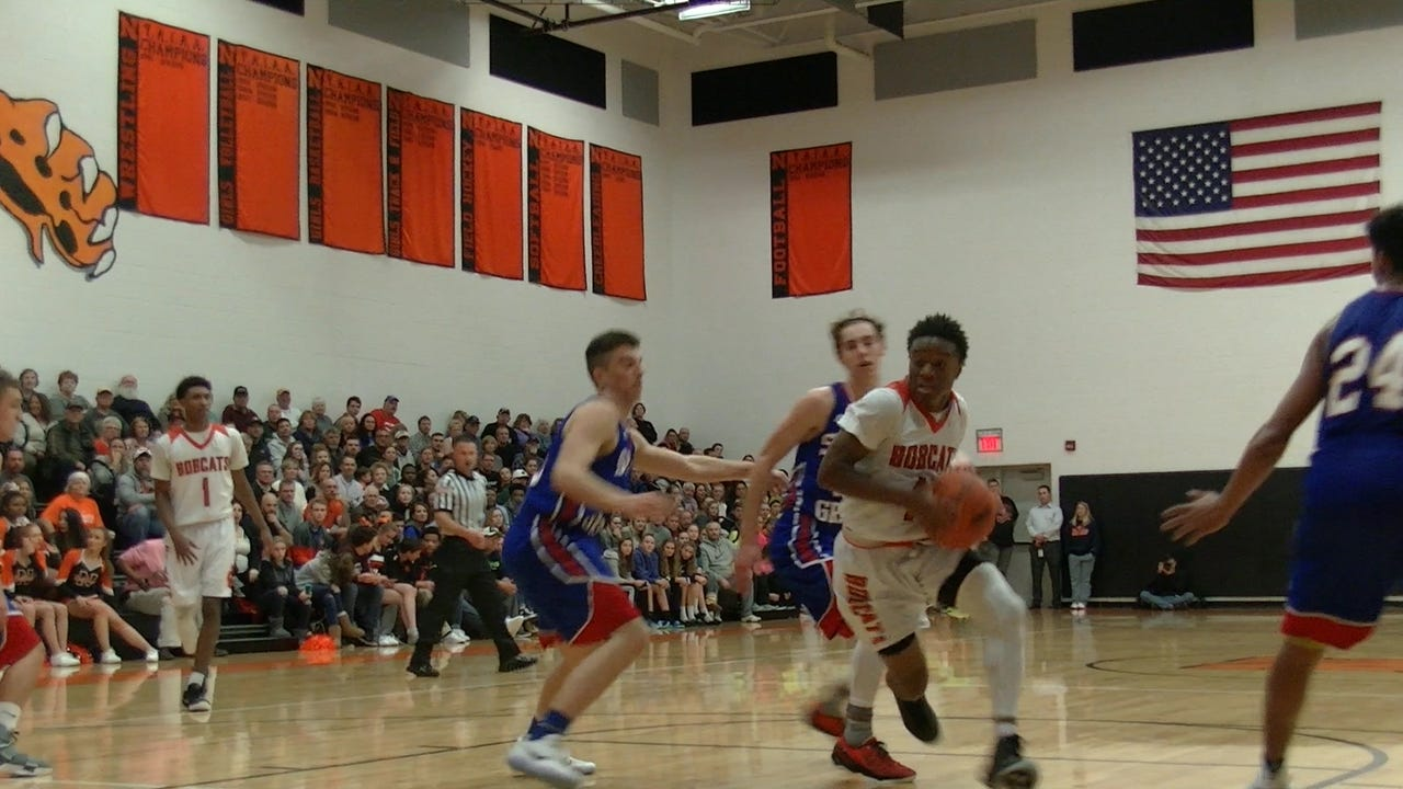 Spring Grove traveled to Northeastern for a YAIAA Division I showdown on Tuesday, Jan. 3, 2017.