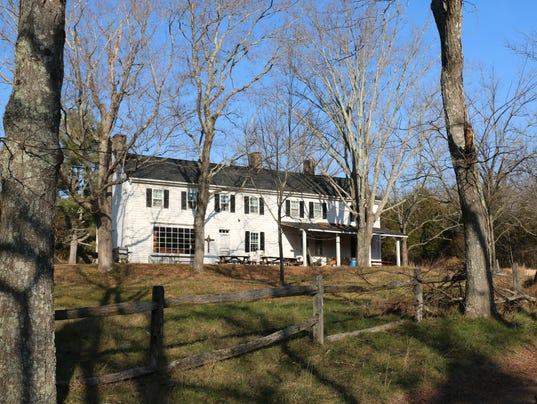 635938957216198857-farm-house.jpg