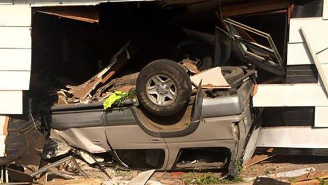 Vehicle crashes into house in Ridgeland.