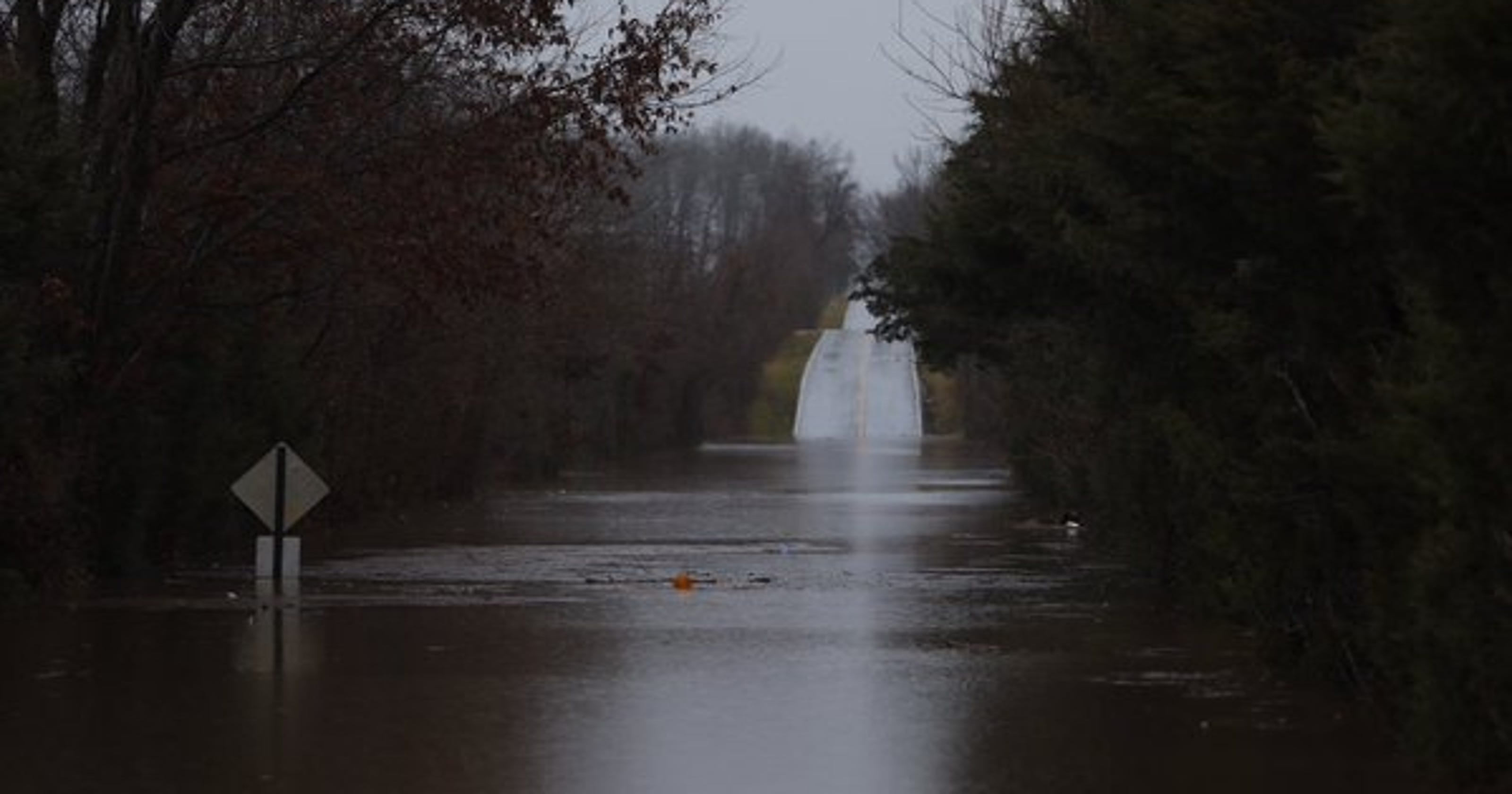 Weather update: Lanes closed on Highway 60 east of Springfield