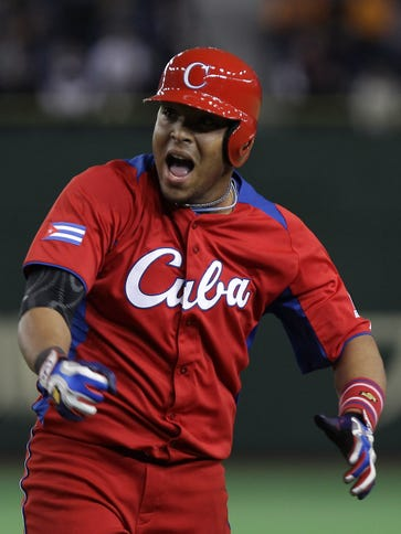 Yasmany Tomas is expected to sign a contract that could