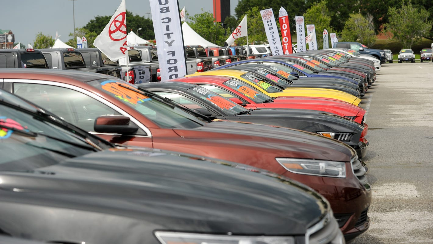 Cajun Field Car Show
