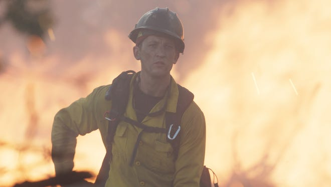 """In """"Only the Brave,"""" Brendan McDonough (Miles Teller) battles the Yarnell Hill fire."""