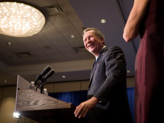 Gov. John Kasich speaks to a large crowd in Concord,