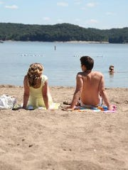An hour outside of Indianpolis Lake Monre offers two public beaches at Paynesville and Fairfax parks.