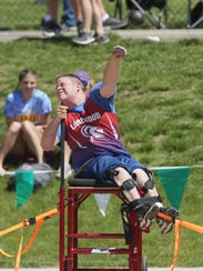 Lakewood's Rollin Abbott competes in the seated shot