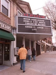 A photograph of the Mamaroneck Playhouse taken in 1995