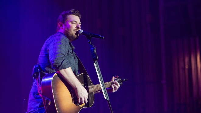 Chris Young performs in Chattanooga on Oct. 24.
