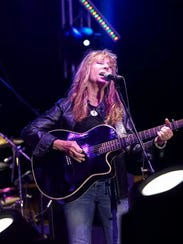 Singer/songwriter Juice Newton will perform at the